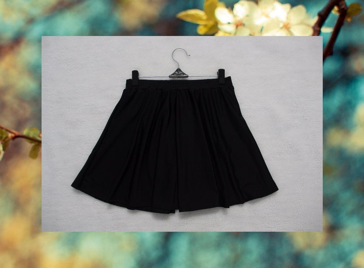 pollera negra tiro alto corta acampanada mini falda. Cargando zoom. e34466edc366