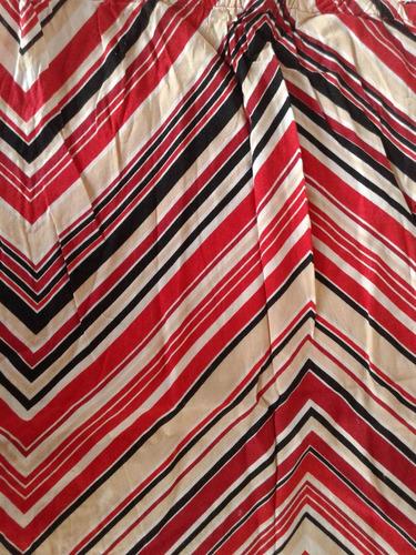 pollera rallada rojo, blanco y negro, lindo estampado!