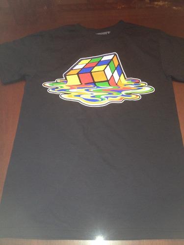 polo cubo mágico