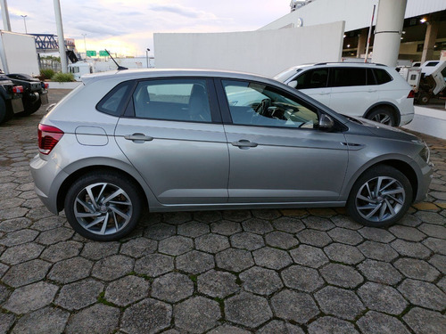 polo hatch highline 200 tsi 2018/19