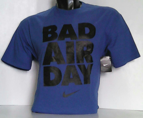 polo nike logo bad air day modelo nike-usa talla[lrg]azulino
