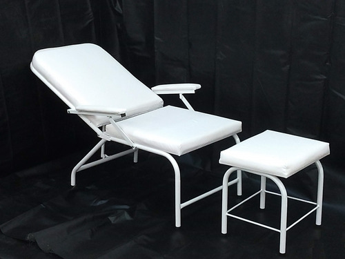 poltrona reclinável para acompanhante com otomono