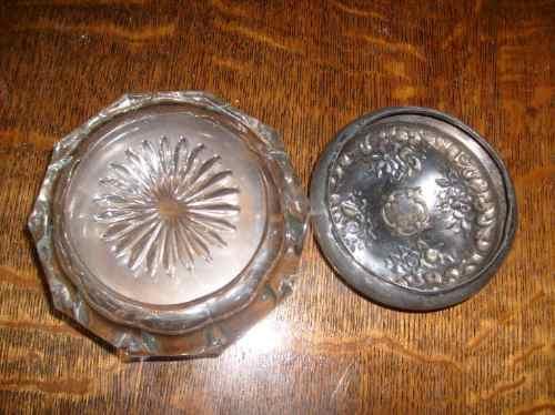 polvera  antigua  de  cristal---