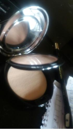 polvo compacto de lujo con espejo marca dolce bella