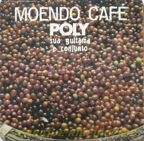 poly compacto moendo cafe