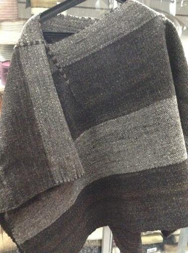 poncho 100% lana corto  media manta
