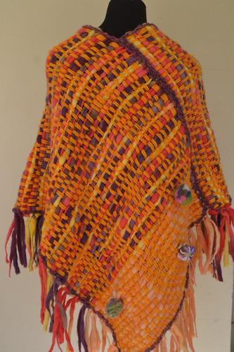 poncho/chal/ruana/telar/tejidos artesanales/crochet/rojo/