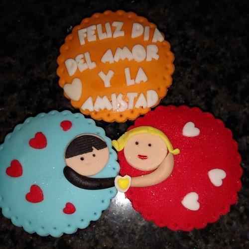 ponquesitos decorados para el día del amor y la amistad