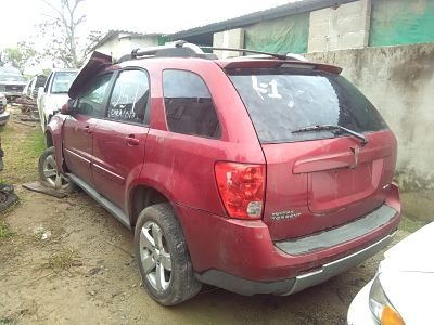 pontiac torrent 2006 por partes