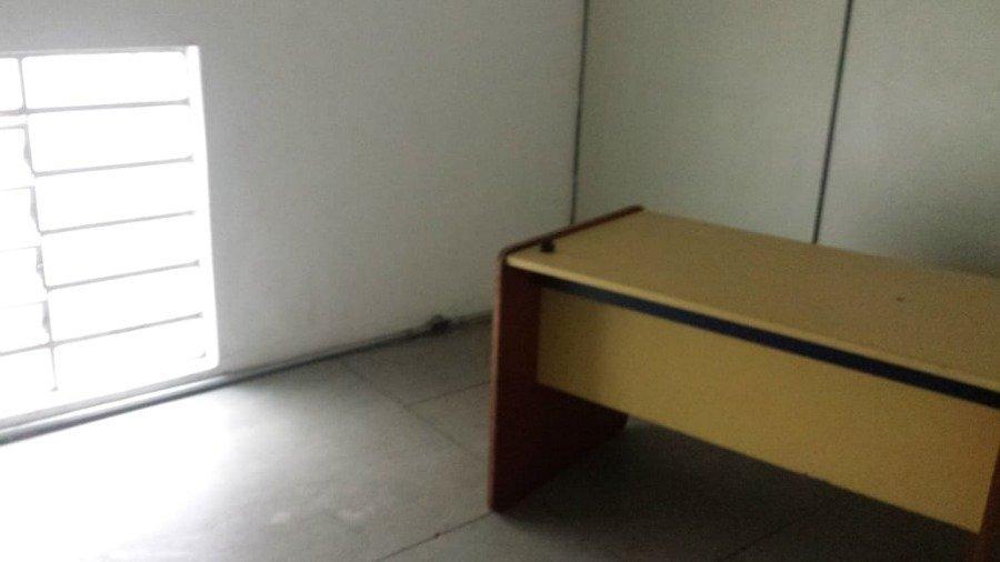ponto comercial para aluguel por r$4.000,00/mês com 288m², 4 salas, 3 banheiros e 4 portas - são miguel paulista, são paulo / sp - bdi24308