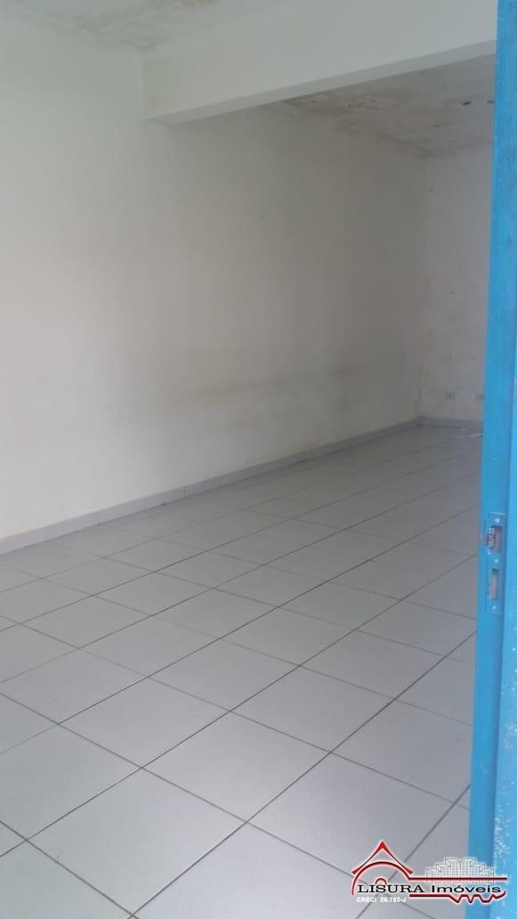 ponto comercial para locação 1.500 m²  jd siesta jacareí sp - 5574