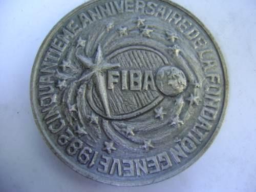 popei.- medalla de federacion internacional de box