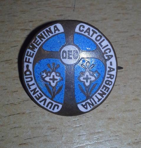 popei.- pin juventud catolica femenina