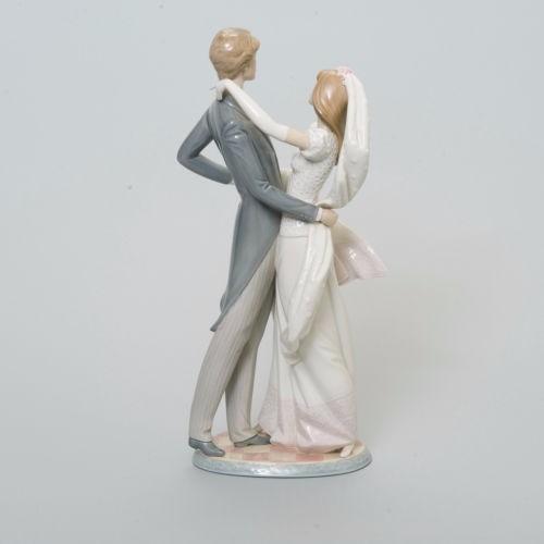 porcelana fina lladró noivos topo de bolo i love you truly