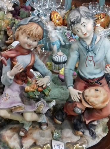 porcelana., niños., capodimonte.