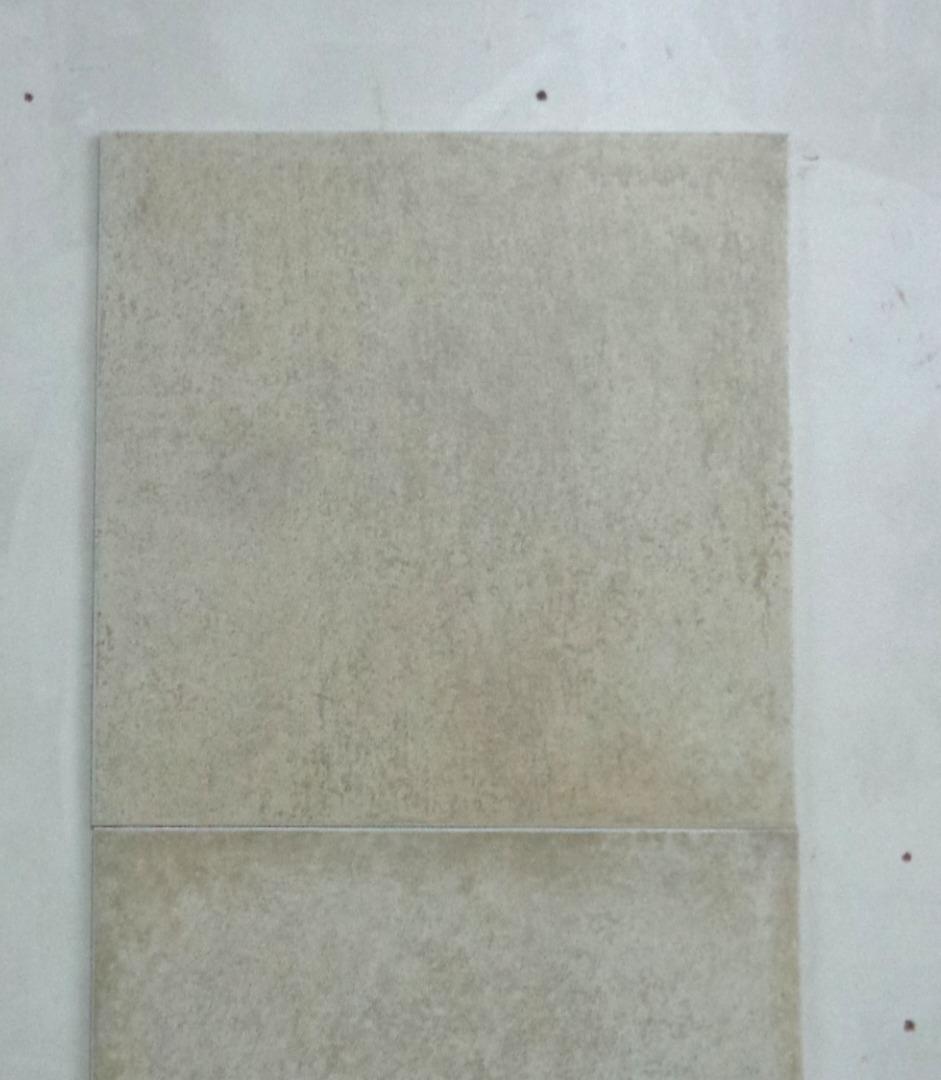 Porcellanato Pietra Di Matera Natural 50x50 1 Lote 150 M2