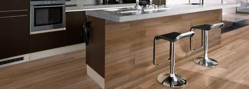 porcellanato tabla lapacho 19x120 madera cerro negro