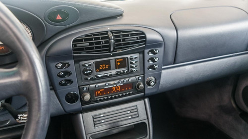 porsche 911 carrera 4  año 2000(se entrega peritaje al dia)