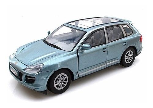 porsche cayenne turbo 1/24 motormax (27)