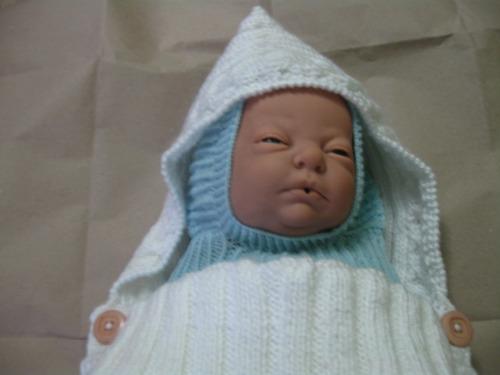 porta bebe tejido a mano. capullo para bebe