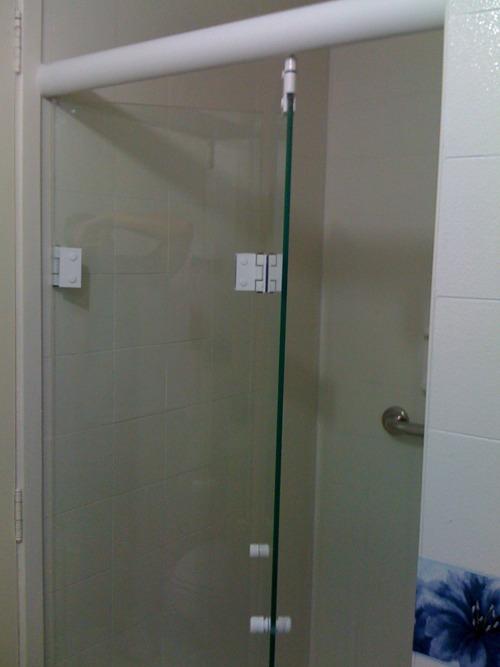 Porta Camarão Articulada Sanfonada Em Vidro Temperado  R$ 450,00 em Mercado  -> Porta Para Banheiro Pequeno Mercado Livre