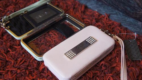 porta celulares guess / billetera nine west