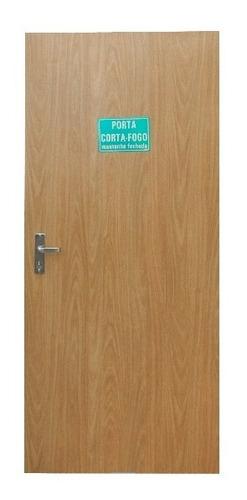 porta corta fogo - madeira (acabamentos)
