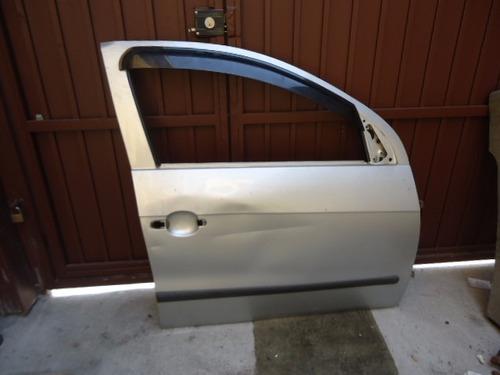 porta dianteira direita original com avarias voyage g-5