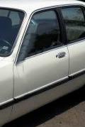 porta dianteira esquerda chevette 83 94 4 portas pinos friso