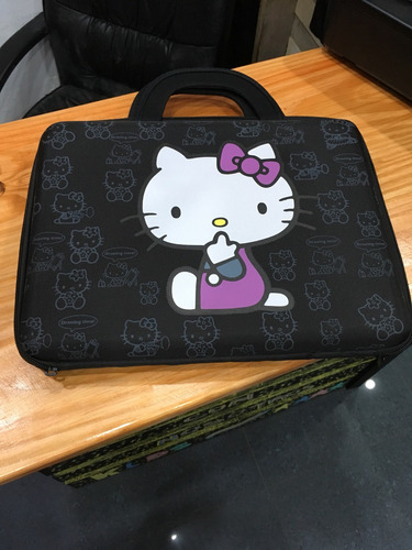 porta laptop hello kitty
