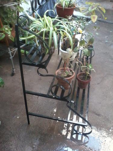 porta macetas  artesanal de hierro para decorar