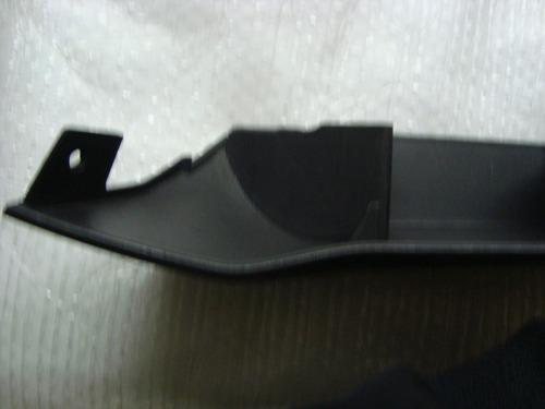 porta objeto lateral l.e celta prisma 2007... com porta copo