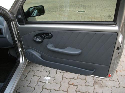 porta objetos palio 96 97 98 99 00 4p preto lado esquerdo