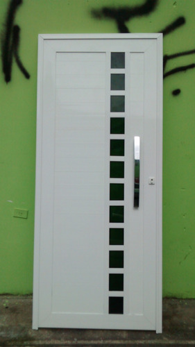 porta pivotante  alumínio e quadr de vidro branco  s. andré