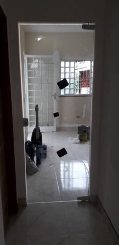 porta pivotante incolor 2,1m x 0.90m