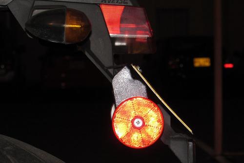 porta reflectivo o tragaluz para moto