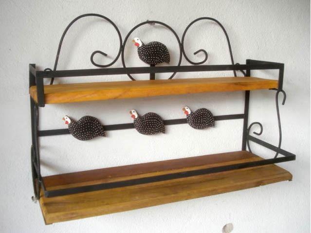 Porta temperos r stico em ferro e madeira de demoli o r for O que e porta condimentos