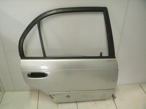 porta traseira direita corolla 97 cor prata