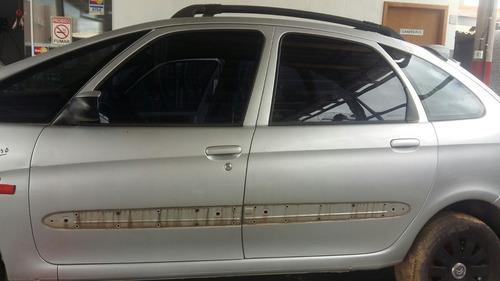 porta traseira esquerda  xsara picasso cor prata