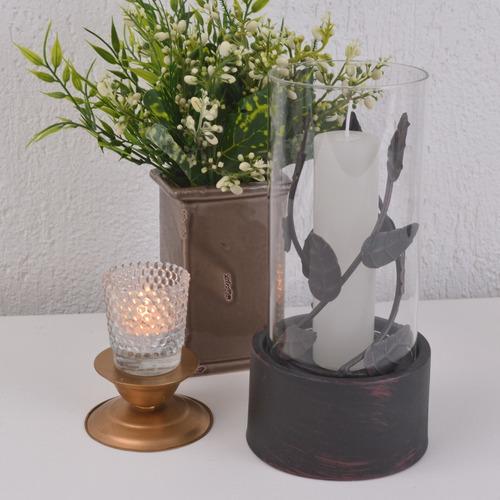 porta vela de metal trabalhado folhas vidro de proteção
