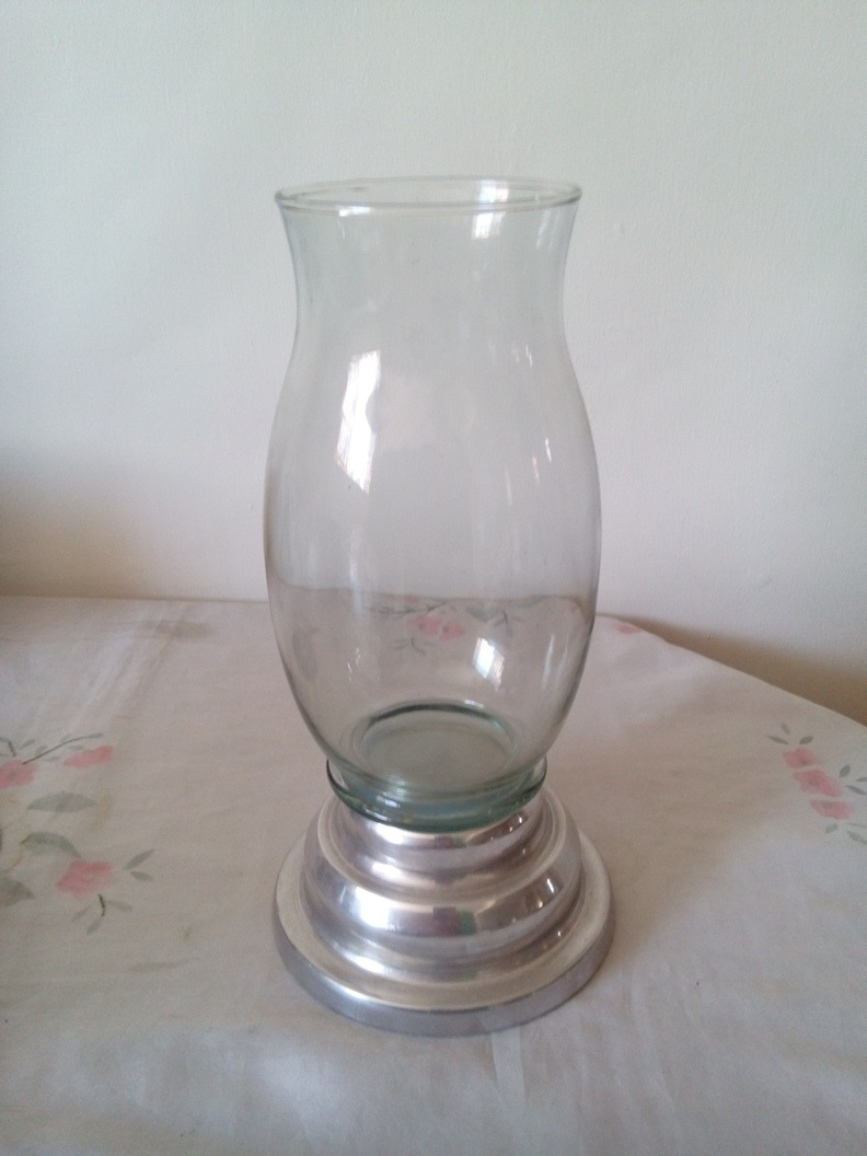 8407600ab3b Descripción. Hermoso portavela  velon de vidrio ...
