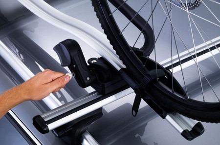 portabicicletas en aluminio, marca ac racing, doble llave