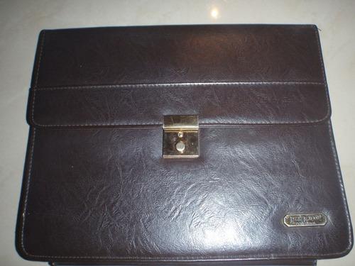 portafolio de cuero usado