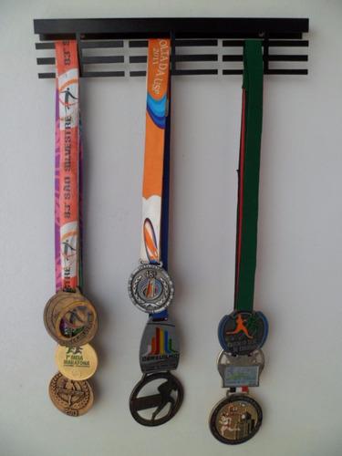 portamedalhas aço preto  até 36 medalhas pm18