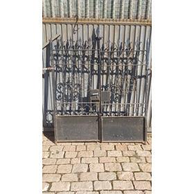 Portão Antigo Ferro Forjado/ Rebitado/ Fundido