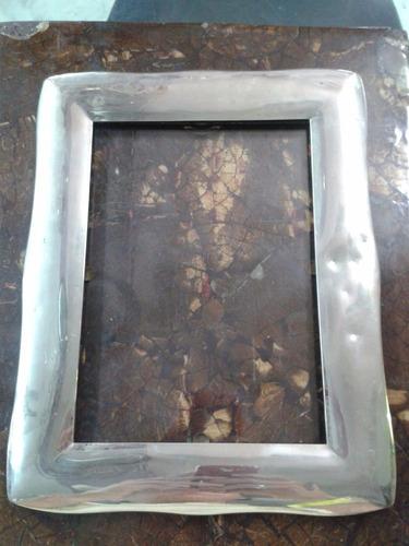 portaretrato italiano en bronce con baño de plata