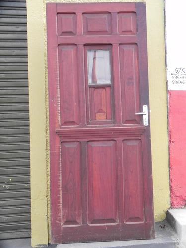 portas  antiga portinhola central sala demolição madeira