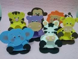 portas dulces de animalitos de la selva hechos en foami
