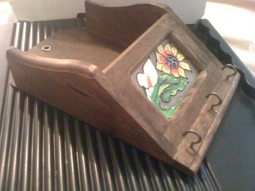 portcartas y ´prtallaves de madera