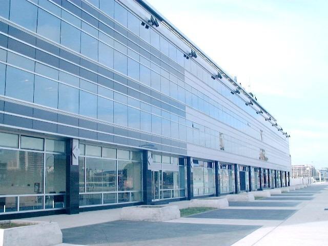 porteños iii - piso 3 - olga cossettini 1031 - puerto madero